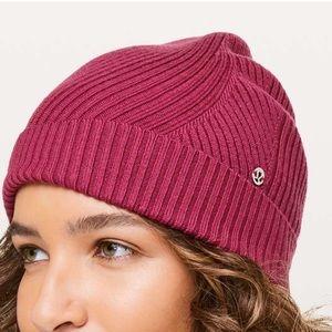 Lululemon Twist of Cozy Knit Beanie